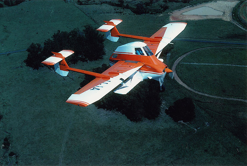1980s. Airtruk in flight over Seven Hills.