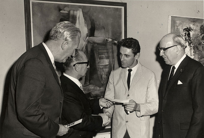 1962. Transfield Art Prize. Franco presents the winner, Andrew Sibley, with the prize.
