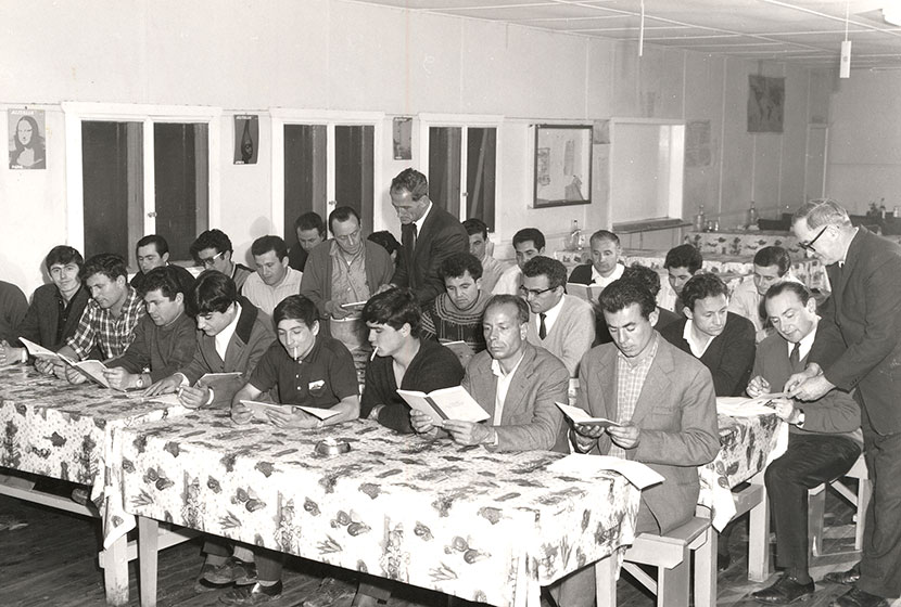 Early 1960s. English class lesson for Transfielders at Seven Hills.