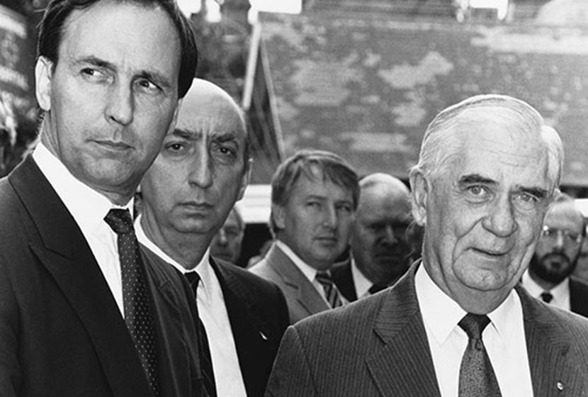 Prime Minister Paul Keating and Vittorio Moratelli.