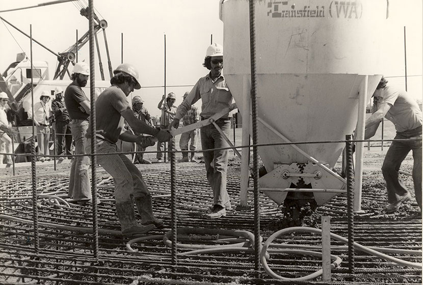 1992. Pouring concrete at Muja Power Station, Western Australia.
