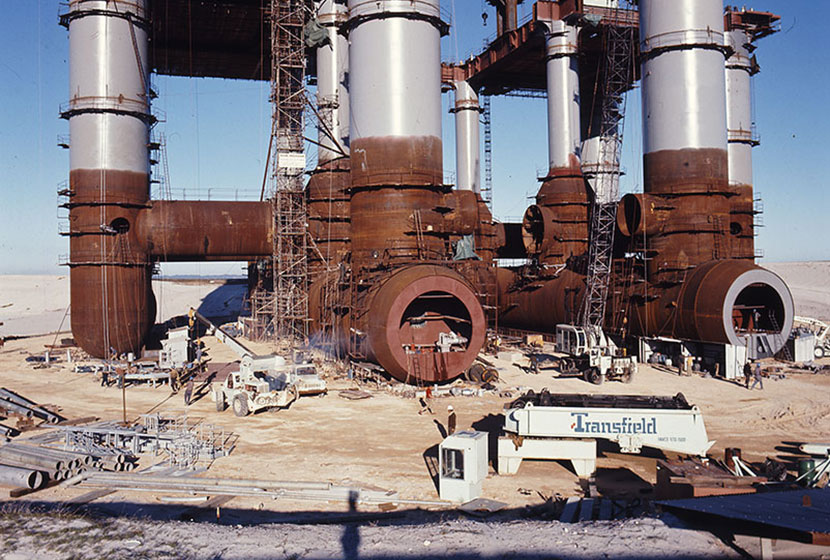 1975. The oil rig Ocean Endeavour being fabricated at Woodman's Point, Western Australia.